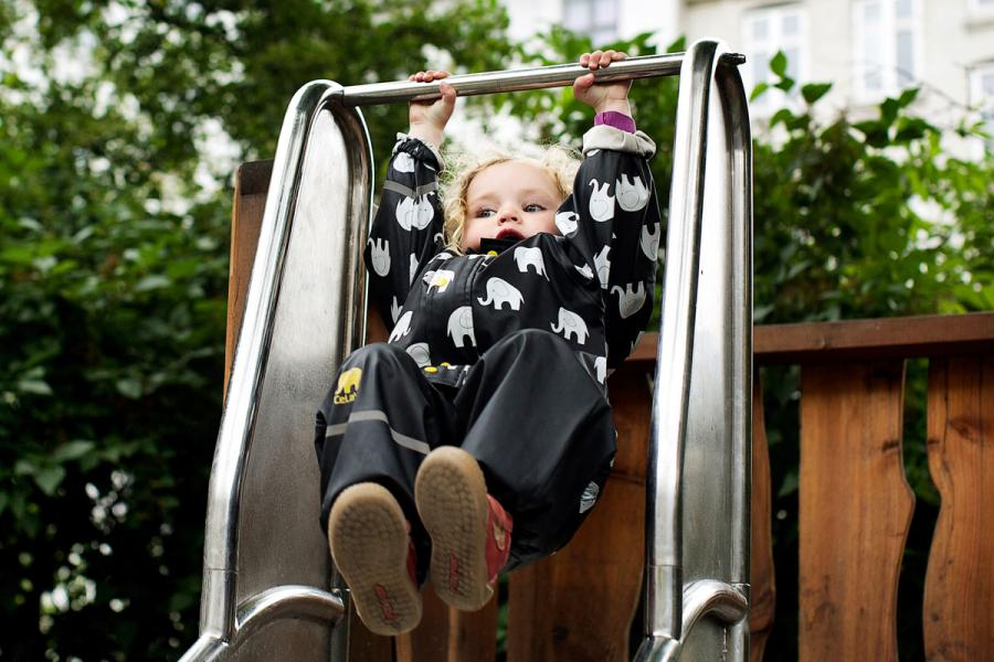 2a8c4090 Hjerneforskning viser, at børn lærer med kroppen forrest